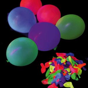 ballons fluorescent sous lumière noire